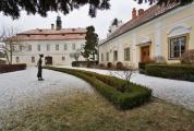 Zámek Liteň v proměnách ročních období