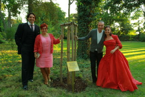 Novi patroni pamatného stromu 2014